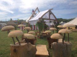 site decor wooden-mushrooms