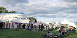 croissant-neuf-tent-and-lazy-afternoon-crowd
