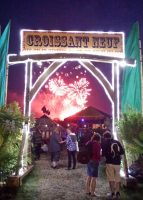 glastonbury-festival-lit-arch-bandstand-and-tent