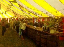 tewkesbury-medieval-festival-bar-in-action