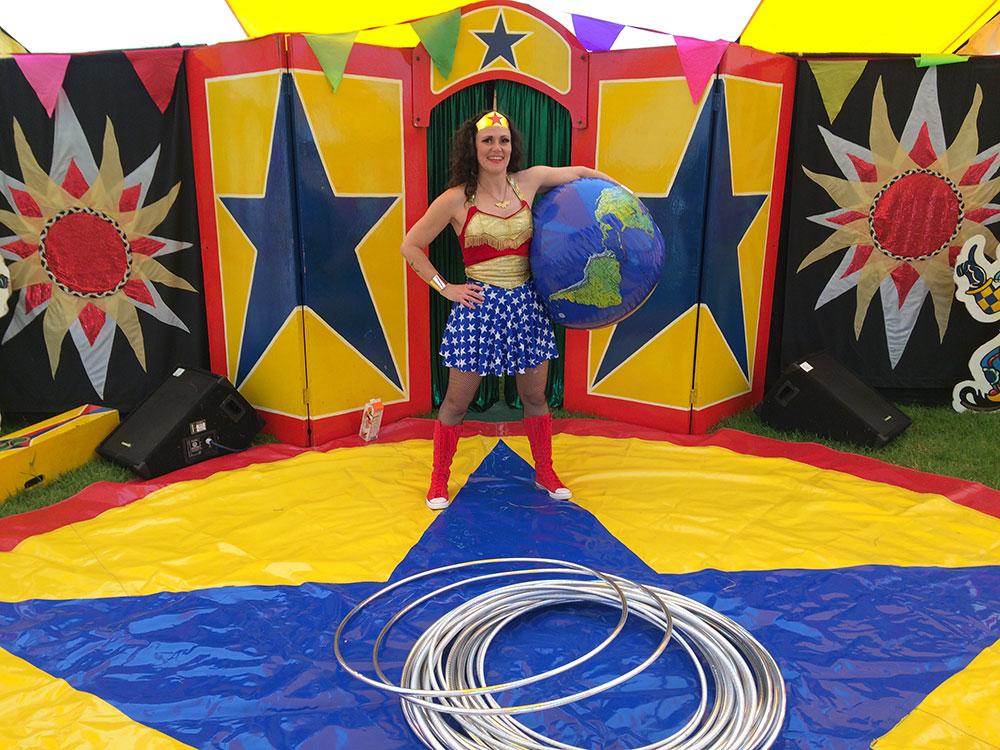 Wonder Woman - Miss Merlin